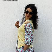 Одежда ручной работы. Ярмарка Мастеров - ручная работа Вязаный жилет лимонного цвета. Handmade.