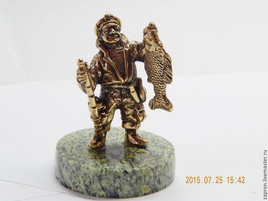 Статуэтки ручной работы. Ярмарка Мастеров - ручная работа. Купить Подарок рыбаку.. Handmade. Синий, змеевик натуральный