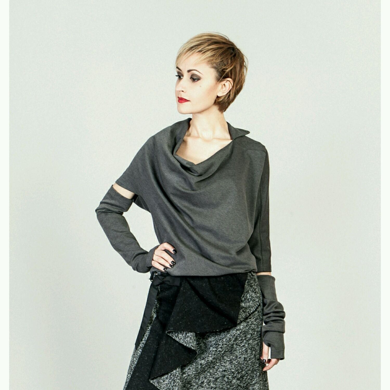 Ассиметричная блуза из трикотажа 54