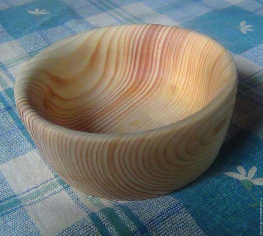 Тарелки ручной работы. Ярмарка Мастеров - ручная работа. Купить Тарелочка из кедра. Handmade. Деревянная посуда, бежевый, отшлифована