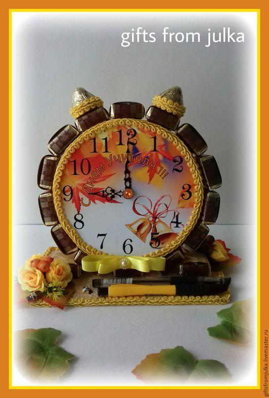 """Букеты ручной работы. Ярмарка Мастеров - ручная работа. Купить Часы из конфет """" День учителя"""". Handmade. Комбинированный, конфеты"""