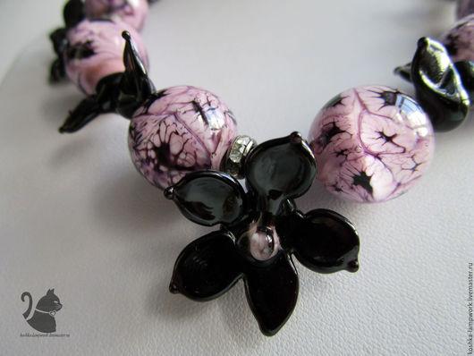 """Комплекты украшений ручной работы. Ярмарка Мастеров - ручная работа. Купить """"Чёрная орхидея"""". Handmade. Розовый, стразы, посеребренные швензы"""
