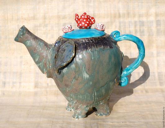 """Чайники, кофейники ручной работы. Ярмарка Мастеров - ручная работа. Купить """"Слон,приглашающий на чаепитие"""".Чайник заварочный.. Handmade. Комбинированный"""