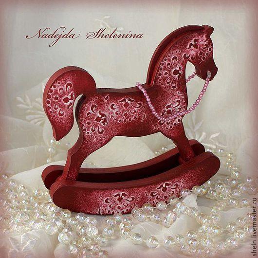 Сувениры ручной работы. Ярмарка Мастеров - ручная работа. Купить Красный конь-качалка.. Handmade. Лошадка, бордовый