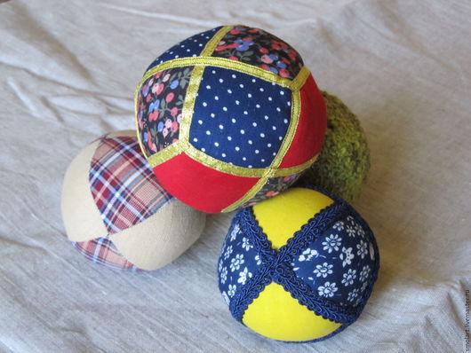 Подарки из Хотькова мячики текстильные