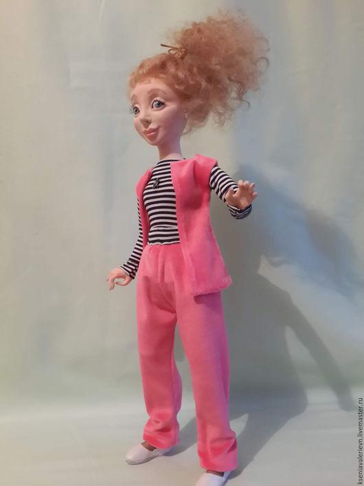 Коллекционные куклы ручной работы. Ярмарка Мастеров - ручная работа. Купить СПОРТСМЕНКА НИНА. Handmade. Коралловый, единственный экземпляр