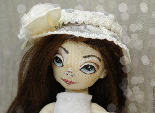 Романтичная куколка, но с характером.