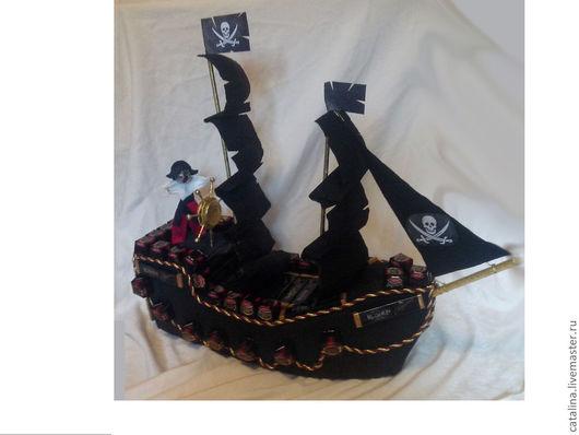 Персональные подарки ручной работы. Ярмарка Мастеров - ручная работа. Купить Пиратский корабль из конфет. Handmade. Черный, пиратский корабль