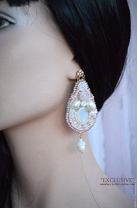 Серьги `РАССВЕТ` Jewellery by Borodulina Julia из натур. камней ( жемчуг, лунный, бусины Сваровски, розовый кварц). Пока в наличии!