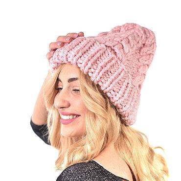 Аксессуары ручной работы. Ярмарка Мастеров - ручная работа Шапки: Женская шапка крупной вязки с косами. Handmade.