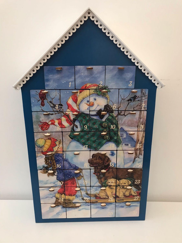 Красный Адвент календарь - Снеговик с девочкой и собачкой, Подарки, Москва, Фото №1