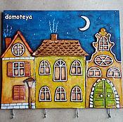 """Для дома и интерьера ручной работы. Ярмарка Мастеров - ручная работа Ключница """"Сказочные домики"""". Handmade."""