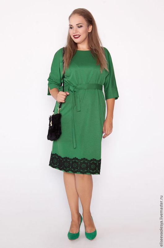 Платья ручной работы. Ярмарка Мастеров - ручная работа. Купить Платье с отделкой из кружева 28010-1. Handmade. Желтый, миди