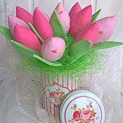 Куклы и игрушки ручной работы. Ярмарка Мастеров - ручная работа Тюльпаны в цветочной коробке. Handmade.