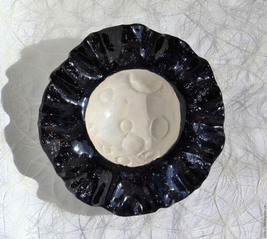 Тарелки ручной работы. Ярмарка Мастеров - ручная работа. Купить Тарелка Полнолуние в звездную ночь. Handmade. Чёрно-белый, луна