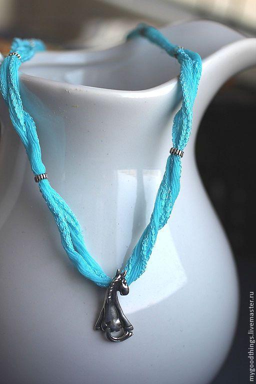 """Кулоны, подвески ручной работы. Ярмарка Мастеров - ручная работа. Купить Кулон """"Лошадка"""" на голубой ленте. Handmade. Голубой, серебро"""
