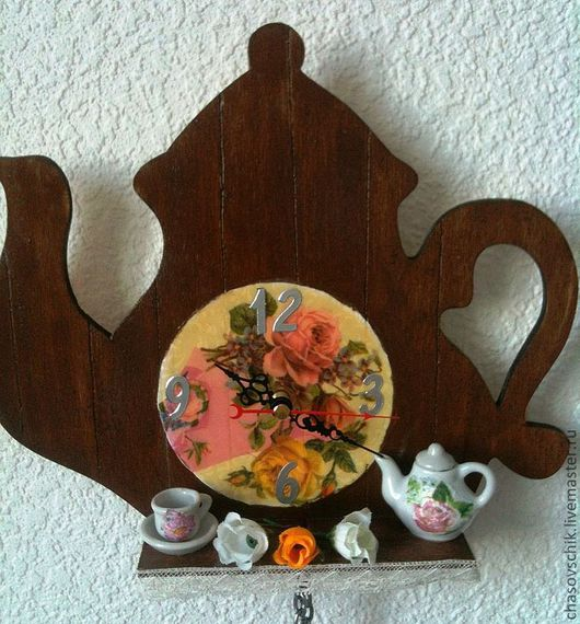 """Часы для дома ручной работы. Ярмарка Мастеров - ручная работа. Купить Часы настенные """"Кантри"""". Handmade. Коричневый, часы с миниатюрой"""