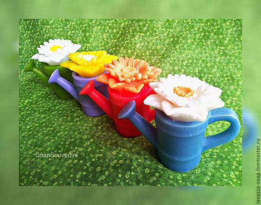 Мыло ручной работы. Ярмарка Мастеров - ручная работа. Купить Мыло Лейка с цветами. Handmade. Салатовый, лейка, дача, мыло