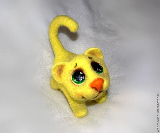Игрушки животные, ручной работы. Ярмарка Мастеров - ручная работа. Купить Котик желтый глазастик.. Handmade. Авторская игрушка, шерсть