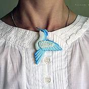 """Брошь птица  """"Небесная"""" в подарок для девушки, женщины. 8 марта"""