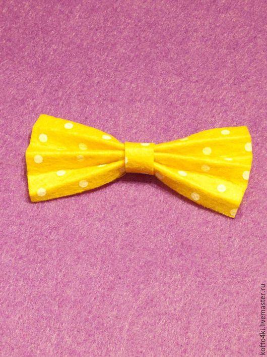 Галстуки, бабочки ручной работы. Ярмарка Мастеров - ручная работа. Купить Брошь галстук-бабочка из фетра желтая. Handmade. Брошь