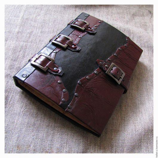 """Ежедневники ручной работы. Ярмарка Мастеров - ручная работа. Купить Кожаный ежедневник """"Viking manuscript-Nordic gods II"""" скетчбук. Handmade."""