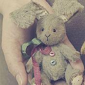 Куклы и игрушки ручной работы. Ярмарка Мастеров - ручная работа Зайка серенький и маленький))))). Handmade.