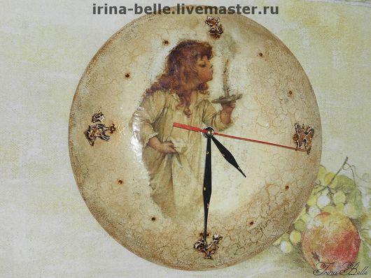 """Часы для дома ручной работы. Ярмарка Мастеров - ручная работа. Купить Часы настенные  """"Девочка со свечой"""". Handmade."""