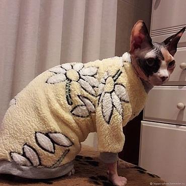 """Товары для питомцев ручной работы. Ярмарка Мастеров - ручная работа Одежда для кошек """"Ромашки с рукавами"""". Handmade."""
