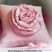 Для дома и интерьера ручной работы. Ярмарка Мастеров - ручная работа Подушка декоративная с  объемным цветком. Handmade.