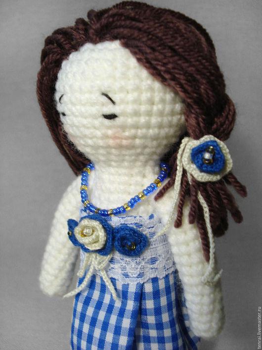 Человечки ручной работы. Ярмарка Мастеров - ручная работа. Купить Вязаная крючком кукла Оливия с набором одежды. Handmade. Комбинированный