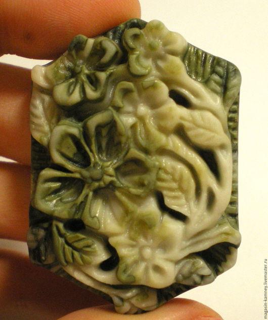 Для украшений ручной работы. Ярмарка Мастеров - ручная работа. Купить Резной кулон яшма Цветы 1, подвеска. Handmade.