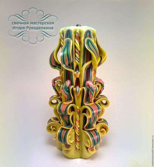 Резная свеча желто-зеленая 22 см.