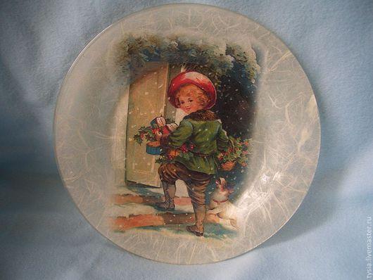 Декоративная посуда ручной работы. Ярмарка Мастеров - ручная работа. Купить Тарелка Дети. Handmade. Декупаж, стекло, рисовая бумага