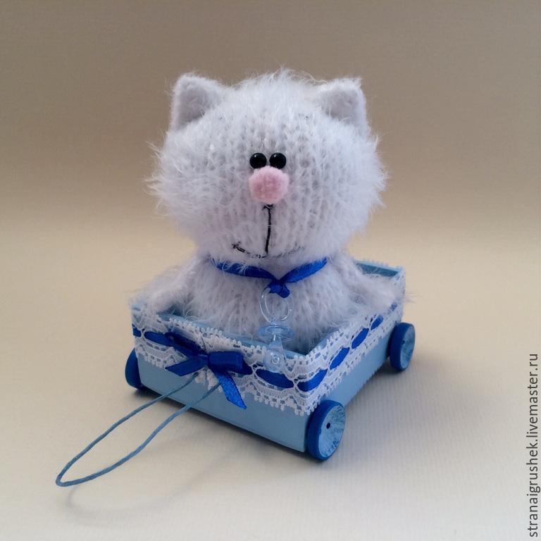 Buy kitten toys