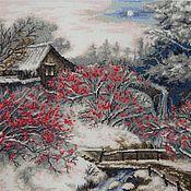 """Картины и панно ручной работы. Ярмарка Мастеров - ручная работа """"Красная рябина"""" вышитая картина. Handmade."""