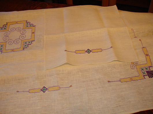 Текстиль, ковры ручной работы. Ярмарка Мастеров - ручная работа. Купить Вышитые льняные скатерть  с салфетками. Handmade. 100% лён
