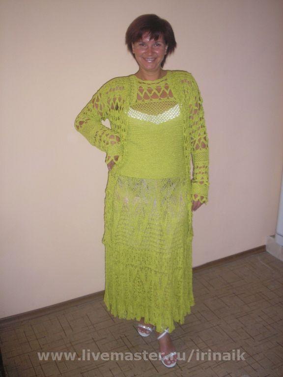 Летний вязаный костюм женский