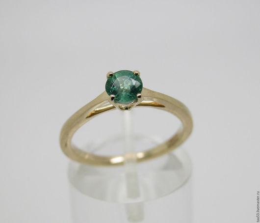 Кольца ручной работы. Ярмарка Мастеров - ручная работа. Купить Золотое кольцо с круглым Изумрудом ф 5 мм.. Handmade.
