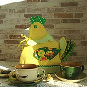 """Для дома и интерьера ручной работы. Ярмарка Мастеров - ручная работа Грелка на чайник """"Курочка-хозяюшка"""". Handmade."""