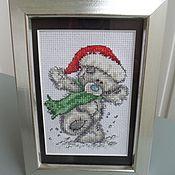Картины ручной работы. Ярмарка Мастеров - ручная работа Вышивка крестом картина в раме  мишка  Тедди Новый год.. Handmade.