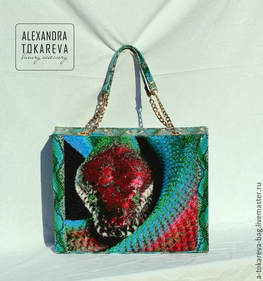 """Женские сумки ручной работы. Ярмарка Мастеров - ручная работа. Купить Эксклюзивная авторская сумка вышитая бисером """" « Blue python»"""". Handmade."""