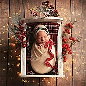 Работы для детей, handmade. Livemaster - original item Christmas hat with a velvet ribbon for the photo shoot of newborns. Handmade.