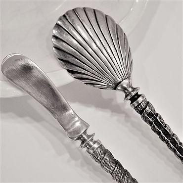 Свадебный салон ручной работы. Ярмарка Мастеров - ручная работа Икорная пара РАКУШКА (ложка для икры и нож для масла). Handmade.