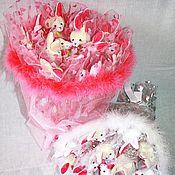 Подарки к праздникам ручной работы. Ярмарка Мастеров - ручная работа Букет из мягких игрушек. Handmade.