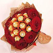 Букеты ручной работы. Ярмарка Мастеров - ручная работа Живые розы с конфетами. Handmade.
