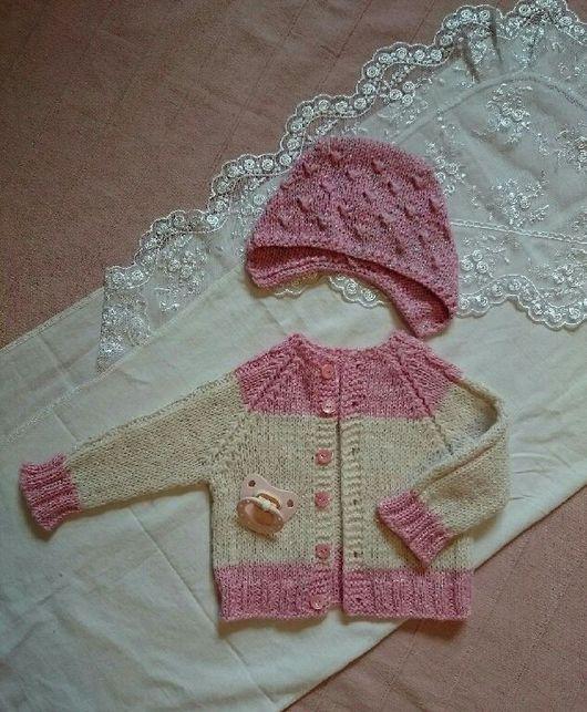 Для новорожденных, ручной работы. Ярмарка Мастеров - ручная работа. Купить Комплект - кардиган и шапочка для новорожденной.. Handmade. Вязание на заказ