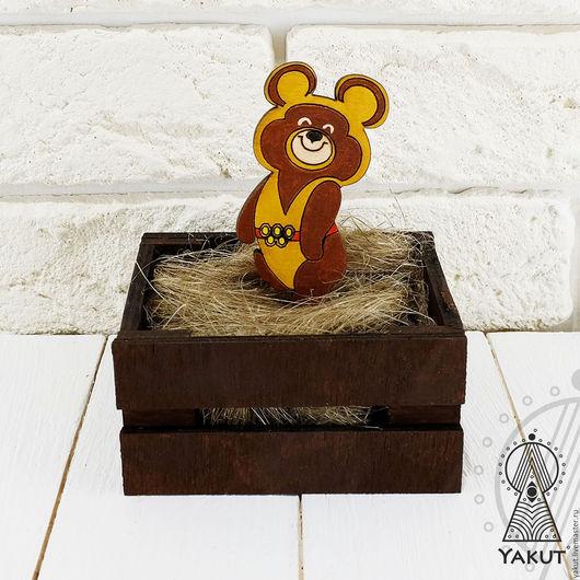 Броши ручной работы. Ярмарка Мастеров - ручная работа. Купить Деревянный значок Олимпийский мишка / деревянная брошь. Handmade.