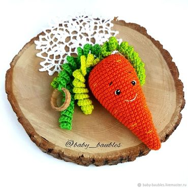 """Куклы и игрушки ручной работы. Ярмарка Мастеров - ручная работа """"Морковка можжевеловая"""" грызунок-прорезыватель. Handmade."""