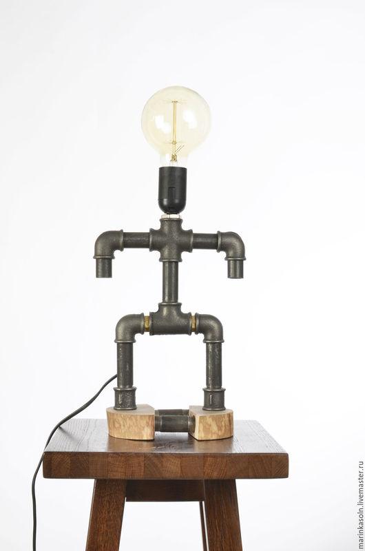 Лофт, Эко, Эко-Лофт. Авторские светильники. Настольное освещение. Интерьер в стиле Лофт Loft Industrial Стиль, дизайн, брутальный подарок. Светильник друг.
